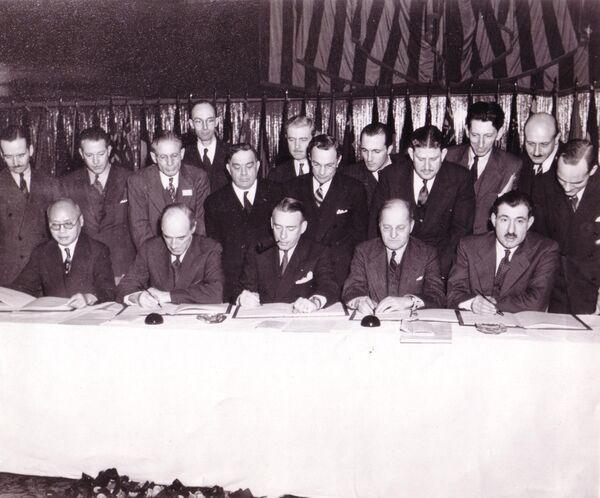 Подписание Чикагской конвенции о международной гражданской авиации, 1944 год - Sputnik Латвия
