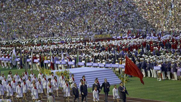 Советские спортсмены на летних Олимпийских играх 1980 года уверенно взяли пальму первенства, завоевав 80 золотых, 69 серебряных и 46 бронзовых медалей. Вклад в общую победу внесли атлеты всех республик бывшего СССР - Sputnik Латвия