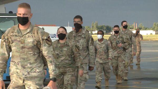 Американские солдаты проверяют готовность к экстренному развертыванию в Польше - Sputnik Латвия