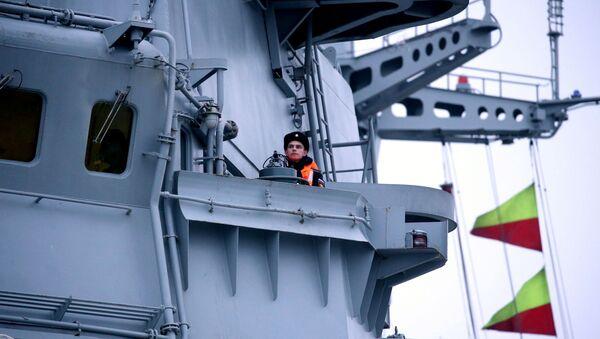 Однотипный с БДК Петр Моргунов большой десантный корабль проекта 11711 Иван Грен, архивное фото - Sputnik Латвия