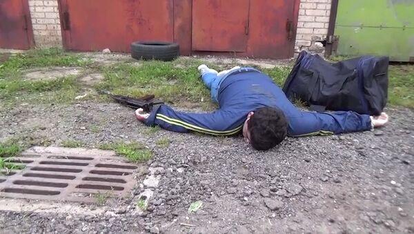 ФСБ работает на месте ликвидации террориста в Москве: кадры оперативной съемки - Sputnik Латвия
