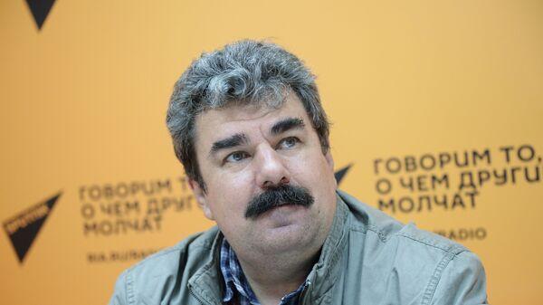 Военный эксперт, коммерческий директор журнала Арсенал Отечества Алексей Леонков - Sputnik Latvija
