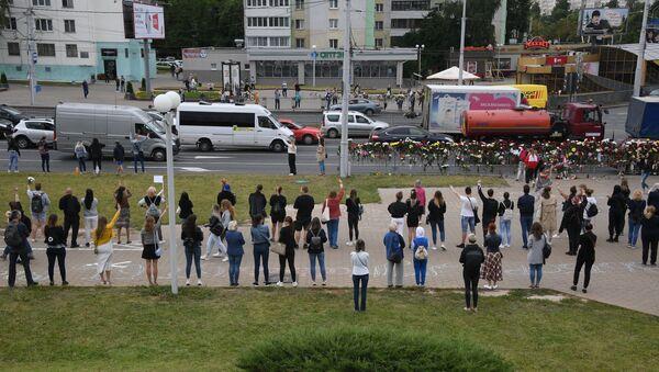Мирная акция протеста в Беларуси - Sputnik Latvija