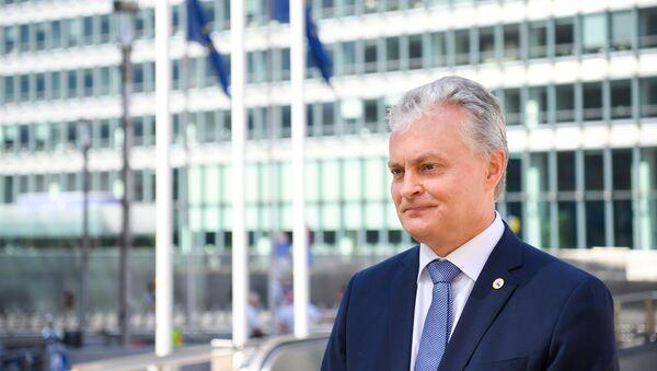 Президент Литвы Гитанас Науседа участвует в заседании саммита ЕС, 19 июля 2020 года - Sputnik Latvija