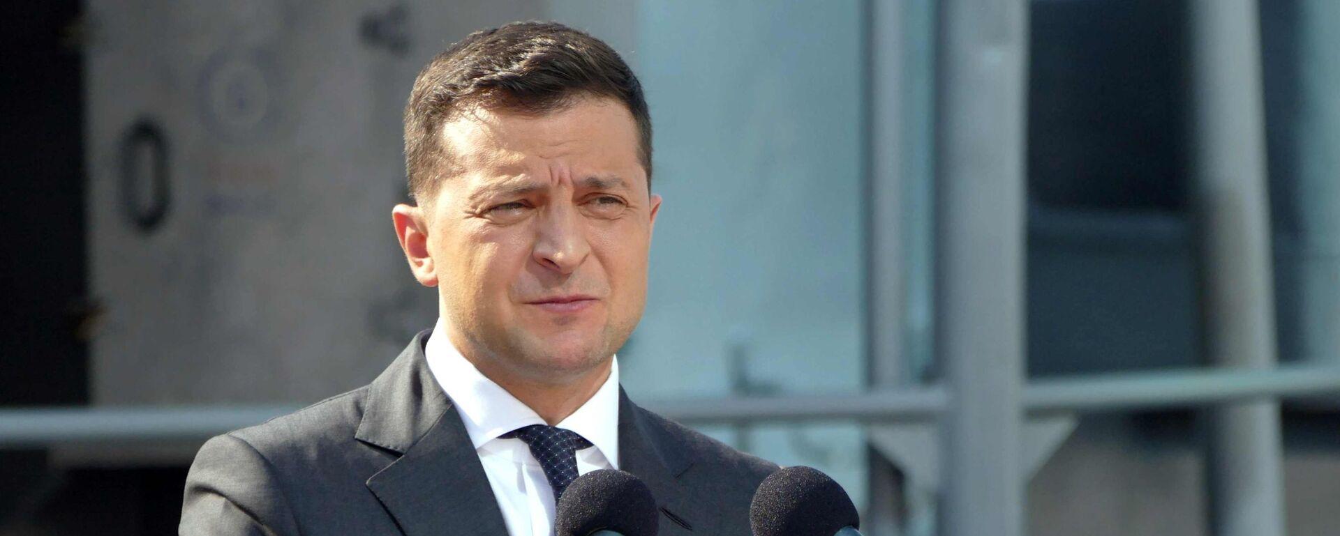 Президент Украины Владимир Зеленский - Sputnik Латвия, 1920, 02.09.2021