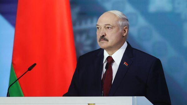 Обращение президента Белоруссии А. Лукашенко накануне президентских выборов - Sputnik Латвия