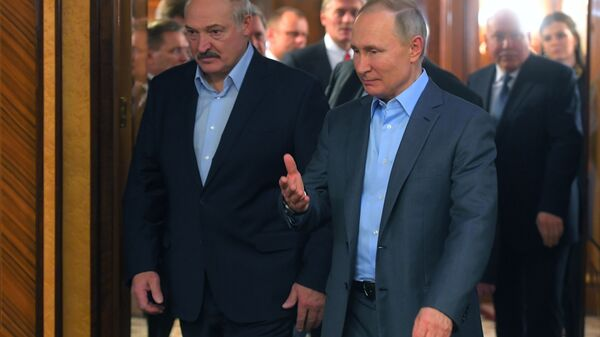 Президент РФ В. Путин и президент Белоруссии А. Лукашенко  - Sputnik Латвия