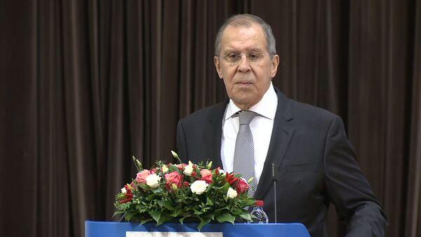 Глава МИД РФ назвал способ урегулировать ситуацию в Беларуси - Sputnik Латвия