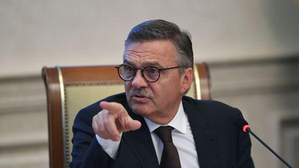 Президент Международной Федерации хоккея (ИИХФ) Рене Фазель - Sputnik Латвия