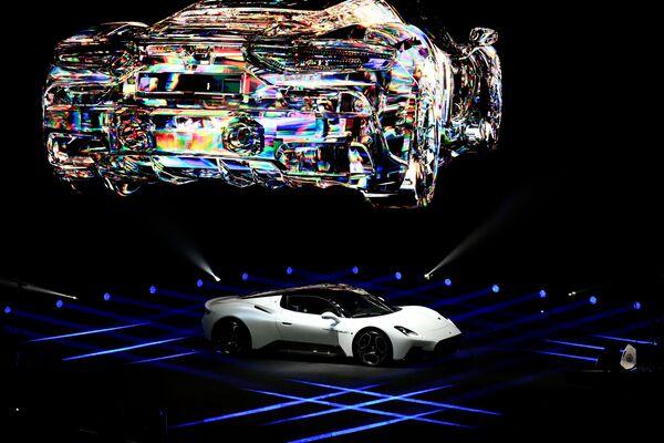 Презентация нового спорткара MC20 итальянской компании Maserati в Италии  - Sputnik Латвия