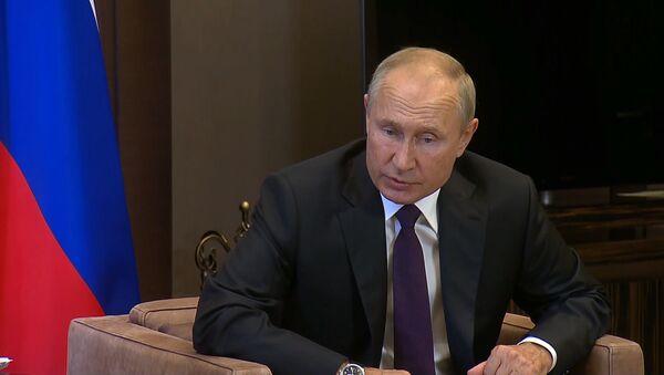 Путин: Россия предоставит Беларуси госкредит на 1,5 миллиарда долларов - Sputnik Латвия