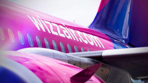 Пассажирский самолет авиакомпании Wizz Air - Sputnik Латвия