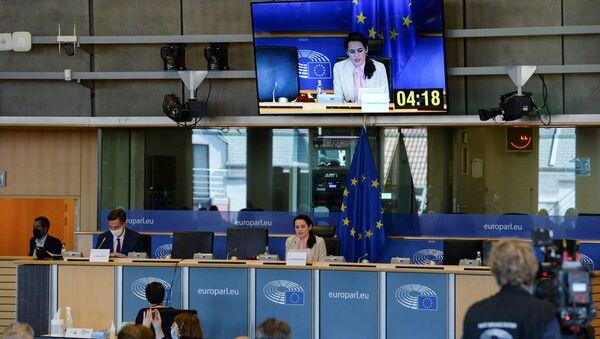 Экс-кандидат в президенты Беларуси Светлана Тихановская на встрече в Европарламенте - Sputnik Латвия