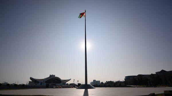 Площадь государственного герба и флага в Минске - Sputnik Latvija