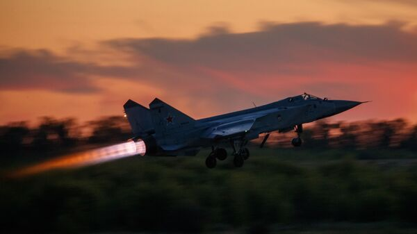 Истребитель-перехватчик МиГ-31 - Sputnik Latvija