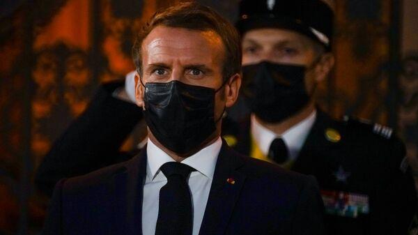 Президент Франции Эммануэль Макрон - Sputnik Латвия