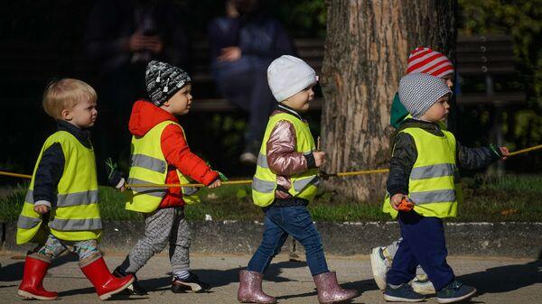Воспитанники детсада - Sputnik Латвия