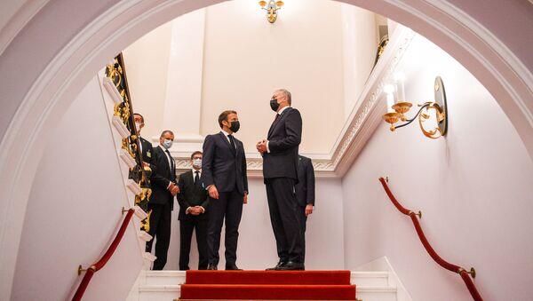 Встреча президента Литвы Гитанаса Науседы с президентом Франции Эмманюэлем Макроном - Sputnik Латвия