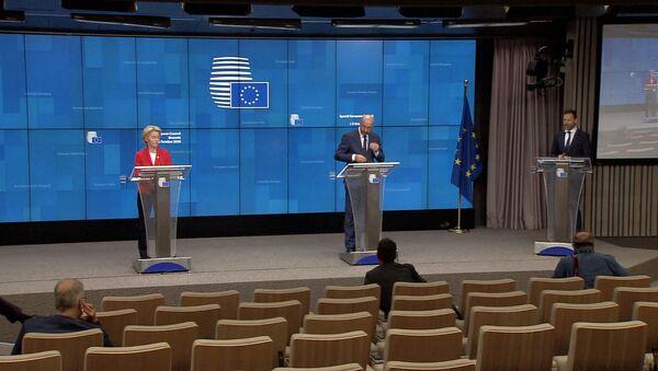 Курс на разрыв. ЕС вводит санкции против Беларуси: чего ждать от Минска - Sputnik Латвия