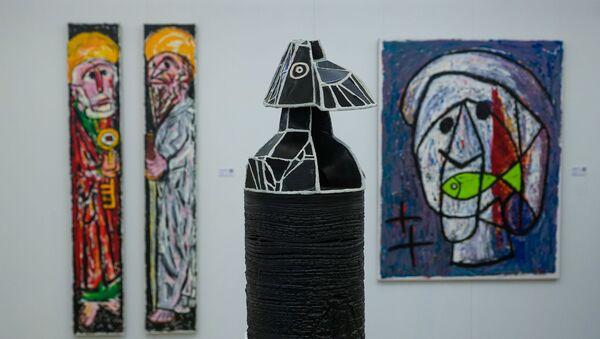 Персональная выставка художника Дмитрия Лаврентьева Извлечение архетипа. - Sputnik Латвия