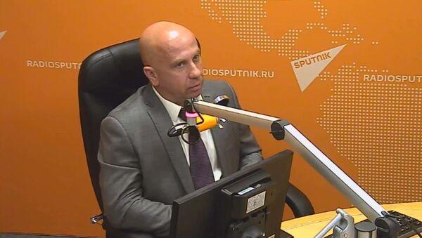 Член ассоциации группы антитеррора Альфа подполковник запаса Андрей Попов - Sputnik Латвия