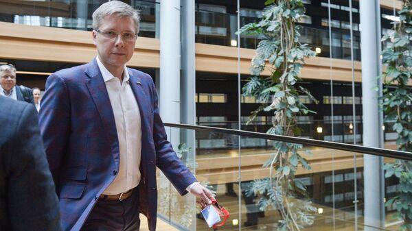 Нил Ушаков в Европаламенте - Sputnik Латвия