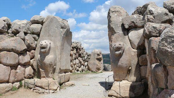 «Львиные ворота» в Хаттусе - столице древнего Хеттского царства - Sputnik Latvija