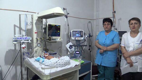 Спасибо России: в Нагорном Карабахе открываются школы и больницы - Sputnik Латвия