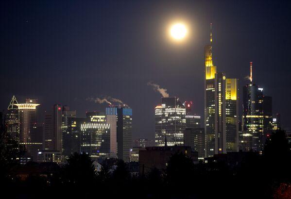 Бобровая Луна 2020 года - Sputnik Latvija