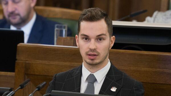 Артурс Томс Плешс - Sputnik Латвия