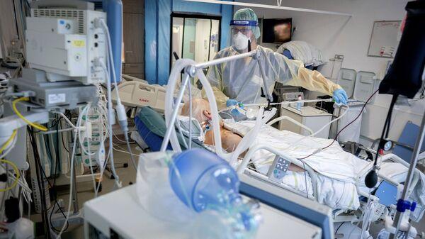 Отделение интенсивной терапии в больнице Бетель в Берлине - Sputnik Латвия
