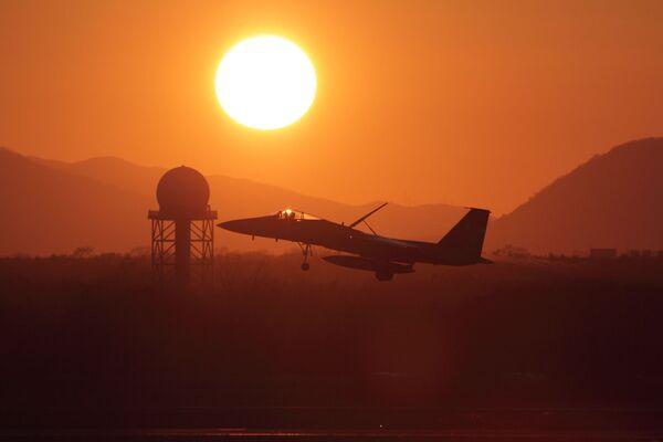 Японский истребитель Mitsubishi F-15J - Sputnik Latvija