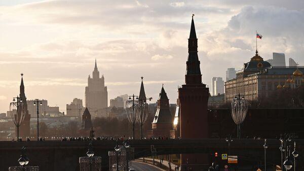Здание Министерства иностранных дел РФ и  Большой Кремлевский дворец - Sputnik Латвия