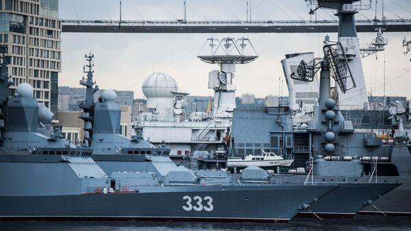 Корвет Тихоокеанского флота Совершенный - Sputnik Latvija