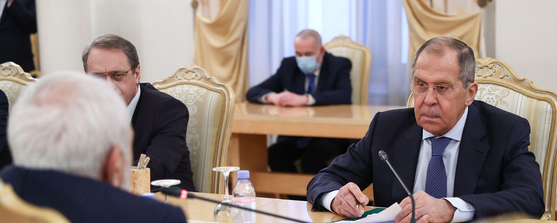 Лавров: Россия заинтересована в углублении диалога с Ираном по Карабаху - Sputnik Латвия, 1920, 26.01.2021