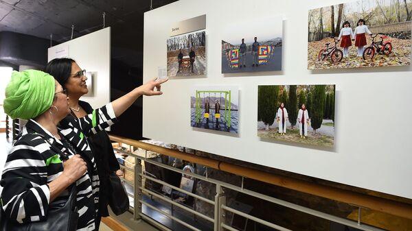 Открытие выставки победителей конкурса им. Андрея Стенина в Кейптауне - Sputnik Латвия
