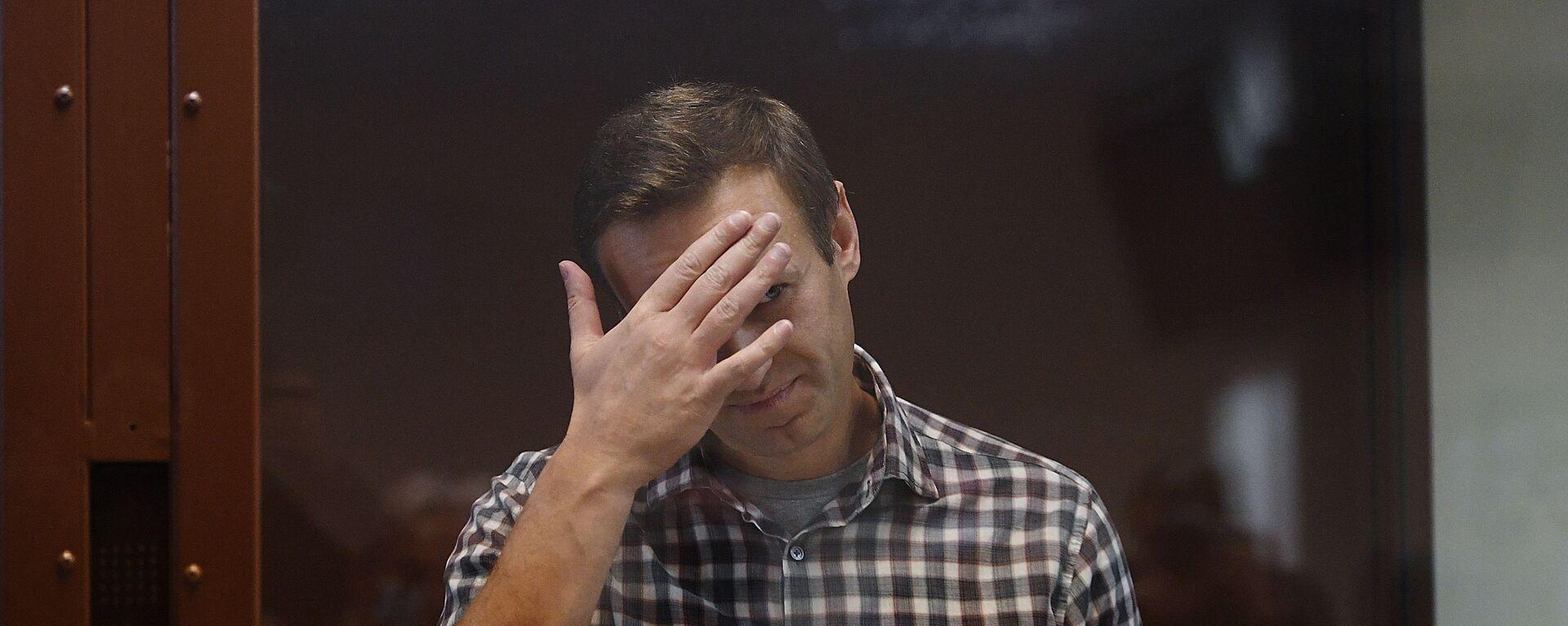Алексей Навальный в зале суда - Sputnik Латвия, 1920, 13.07.2021