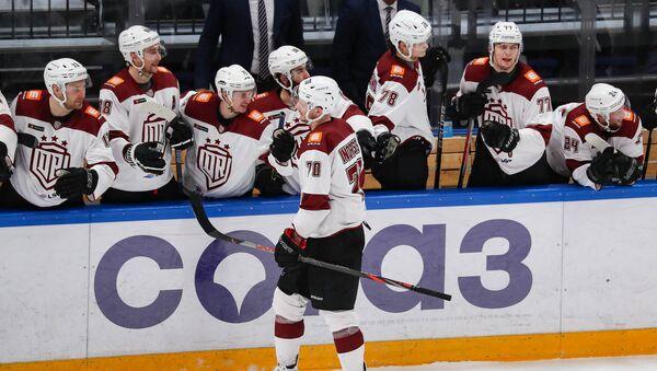 Капитан Микс Индрашис ставит точку в матче - Sputnik Латвия