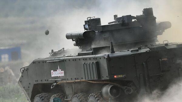 Боевая машина пехоты К-17 Бумеранг - Sputnik Latvija