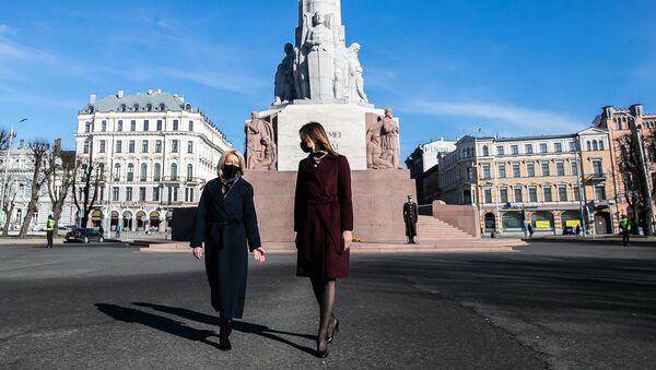 Спикер Сейма Латвии Инара Мурниеце и спикер Сейма Литвы Виктория Чмилите-Нильсен - Sputnik Латвия