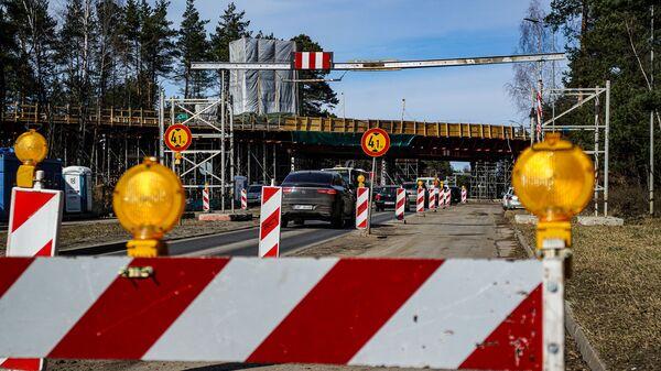 Строительство путепровода над проспектом Виестурса в Риге - Sputnik Latvija
