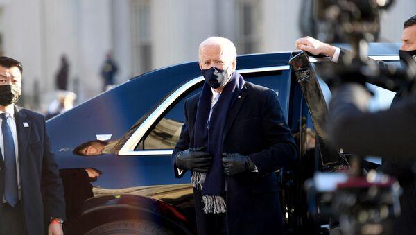 Президент США Джо Байден - Sputnik Latvija