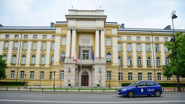 Здание канцелярии премьер-министра Польши - Sputnik Latvija