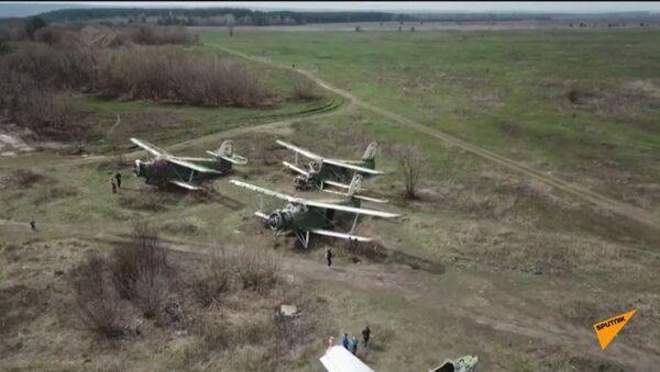 Lidmašīnu kapsēta pie Harkovas - Sputnik Latvija