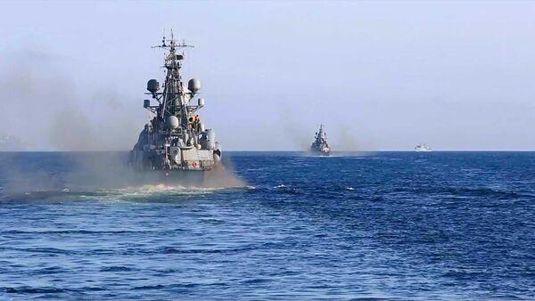 Krievijas AM parādīja, kā tiek meklēta zemūdene Barenca jūrā - Sputnik Latvija