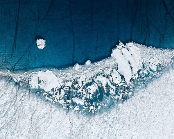 Pasaules okeāna līmeņa celšanās kļūs par vienu no lielākajām ekoloģiskajām problēmām šajā gadsimtā. Tikai Grenlandes ledus seka vien satur pietiekami daudz ūdens, lai paceltu pasaules okeāna līmeni vairāk nekā par 7 metriem - Sputnik Latvija