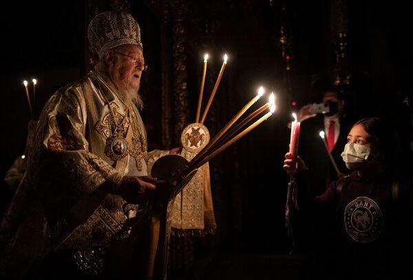 Пасхальное богослужение в Стамбуле  - Sputnik Латвия