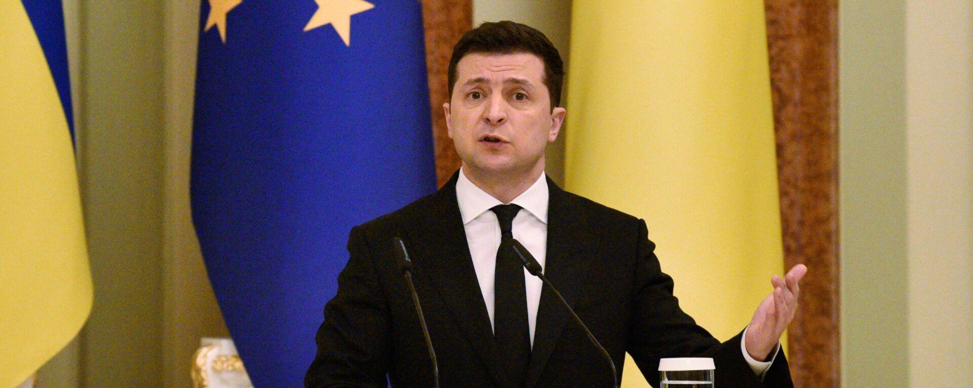Президент Украины Владимир Зеленский - Sputnik Латвия, 1920, 03.05.2021