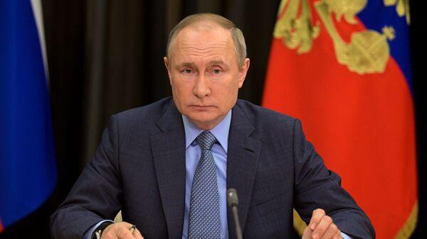 Президент РФ Владимир Путин - Sputnik Латвия