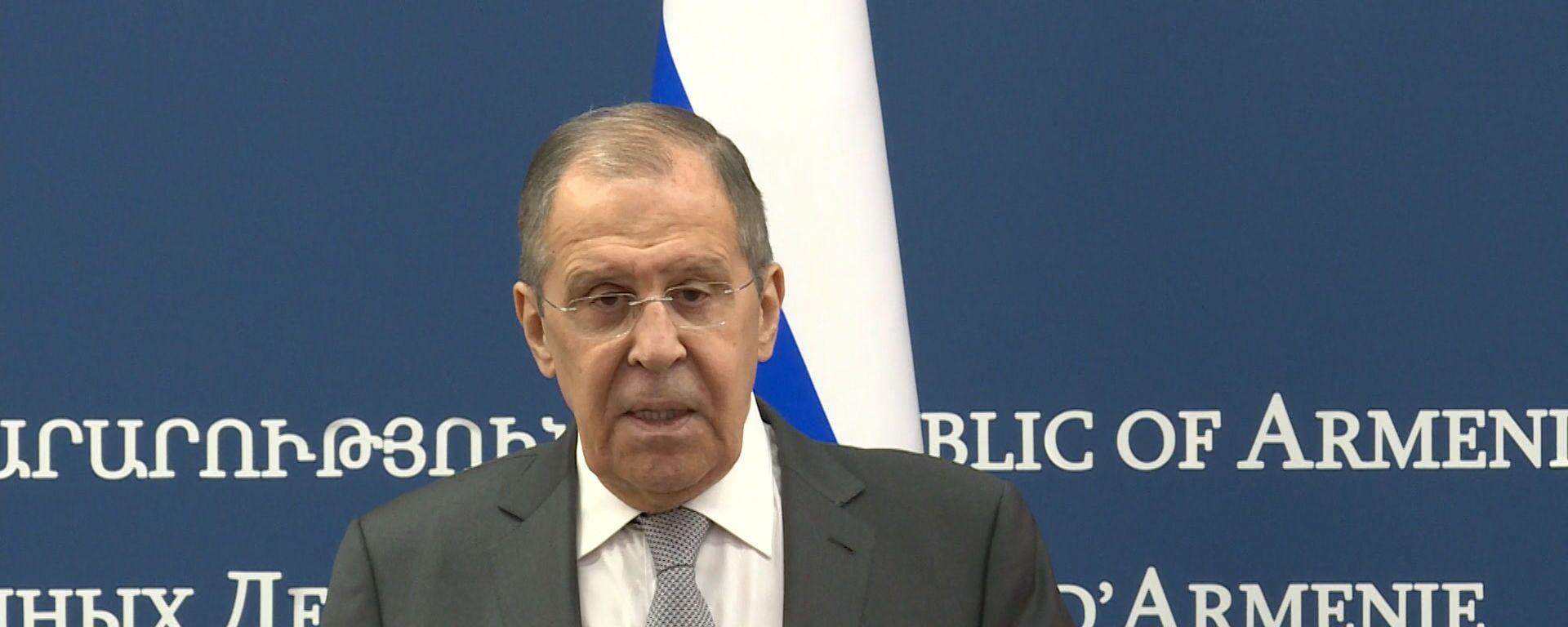 Лавров жестко ответил на угрозы ЕС о новых санкциях против России - Sputnik Латвия, 1920, 07.05.2021